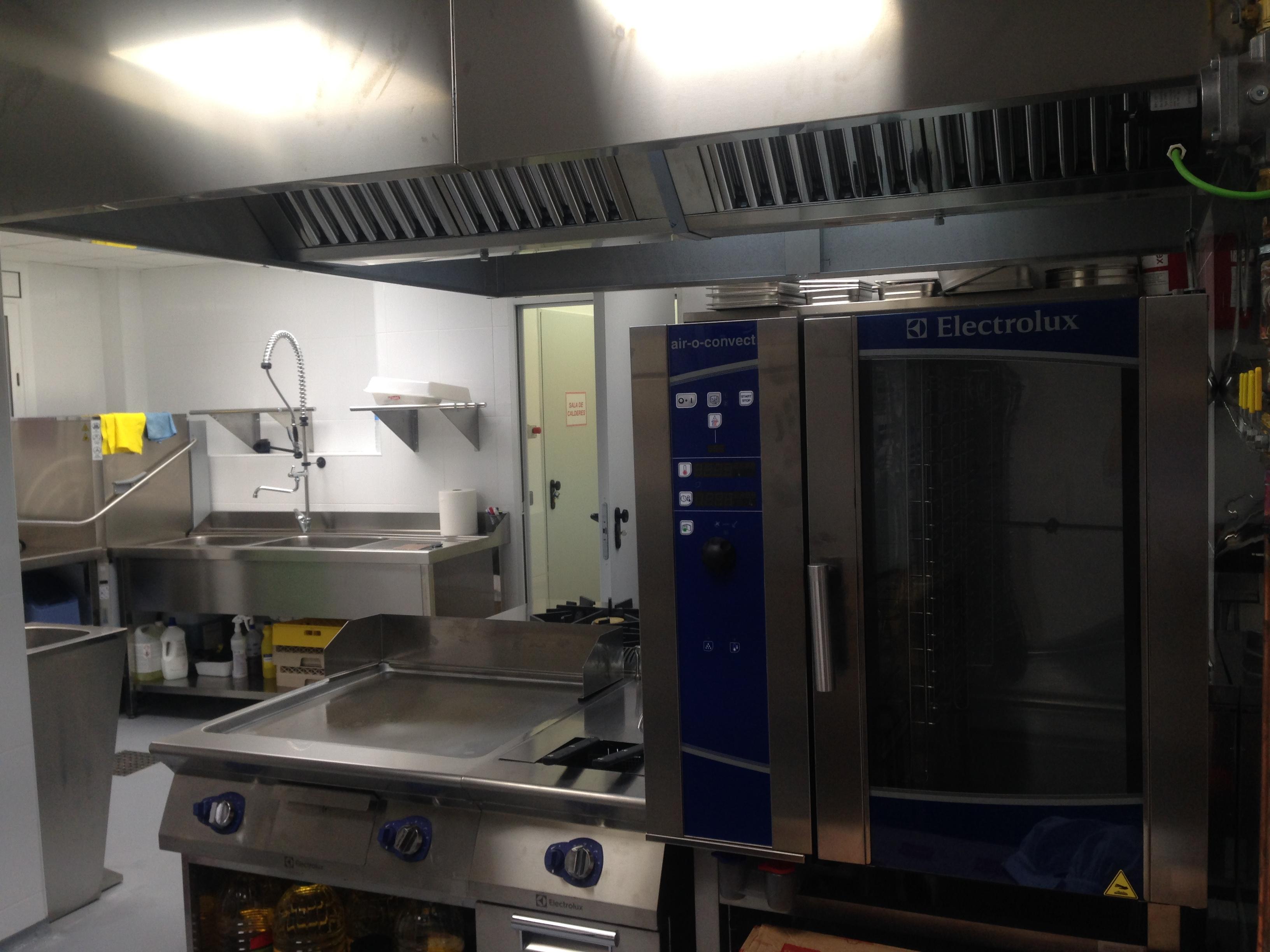 instalación cocina english school después