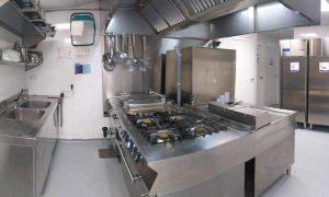 reforma cocina escuela inglesa